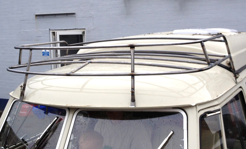 Dormobilie style VW split screen front roof rack